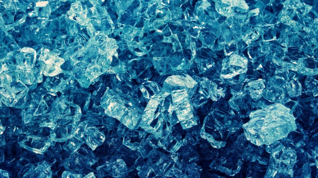 Mit 145 km/h bäuchlings durch den Eiskanal
